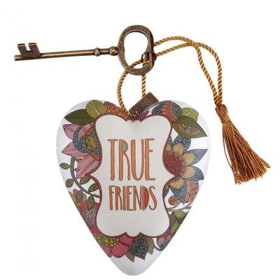 Art Hearts True Friends