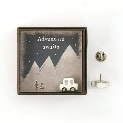 Lapel pin 'Adventure awaits'